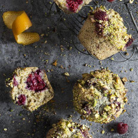 Muffins framboises, orange et pistaches