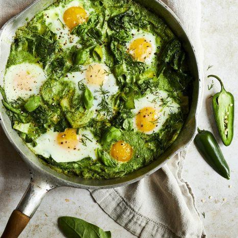 Shakshuka crémeuse aux légumes verts
