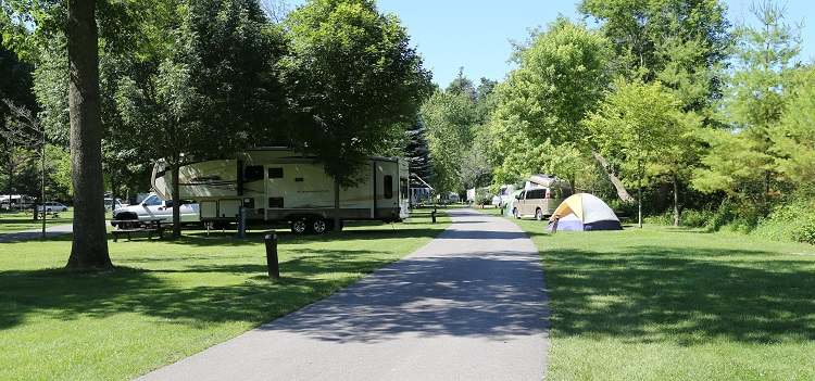 TRCA camping at Glen Rouge Campground