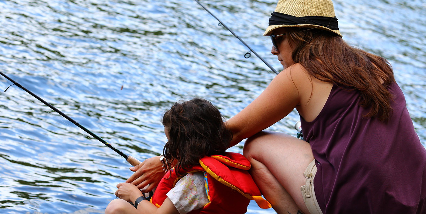 mother and daughter fishing at heart lake conservation area