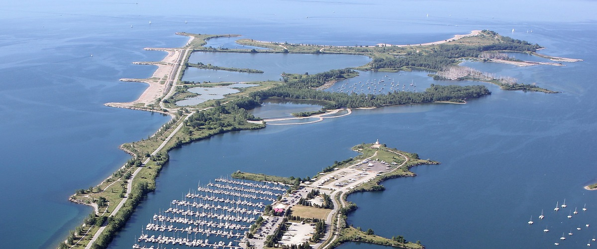 aerial photograph of tommy thompson park