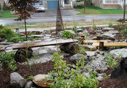 TRCA healthy yards program makeover