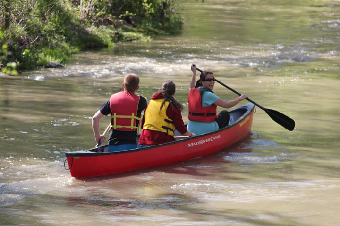 People in a canoe on the Don River