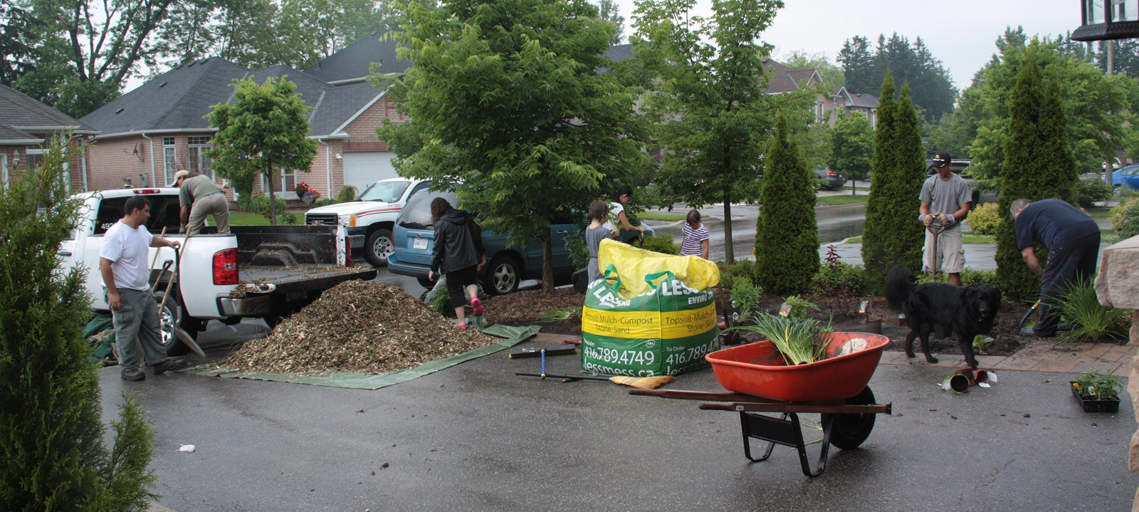 Local residents work on a Lake Wilcox SNAP eco-landscaping project