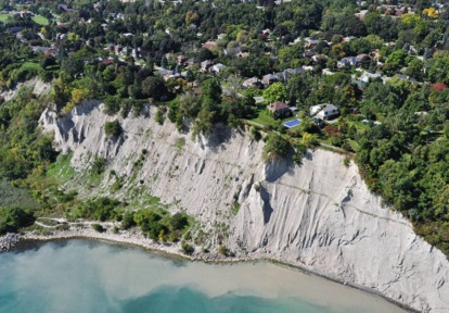 Aerial view of the Fishleigh Drive erosion control project