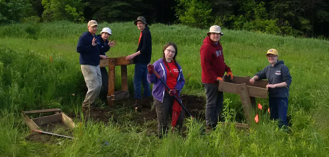 TRCA archaeology program students in the field