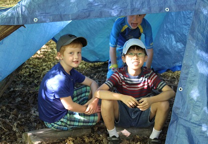 students build shelter at Lake St George summer nature camp
