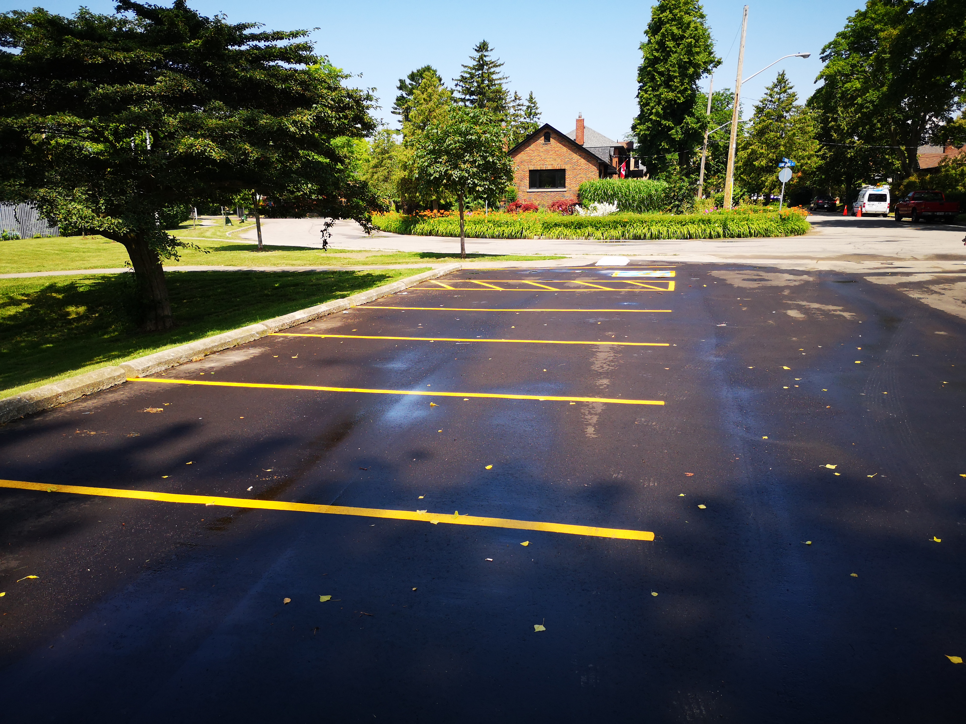 Completion of paving and painting of the parking lot. Source: TRCA, 2019.