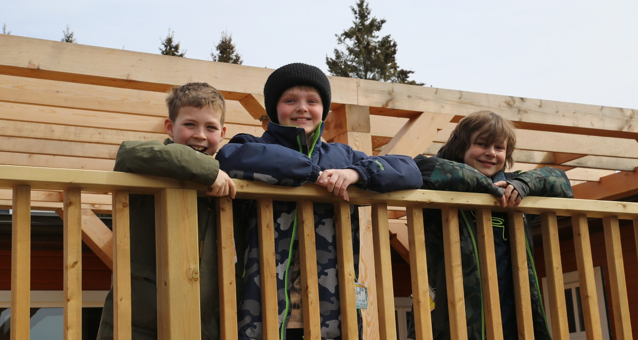 boys visit Claremont Nature Centre in winter
