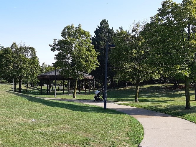 park in Thornhill
