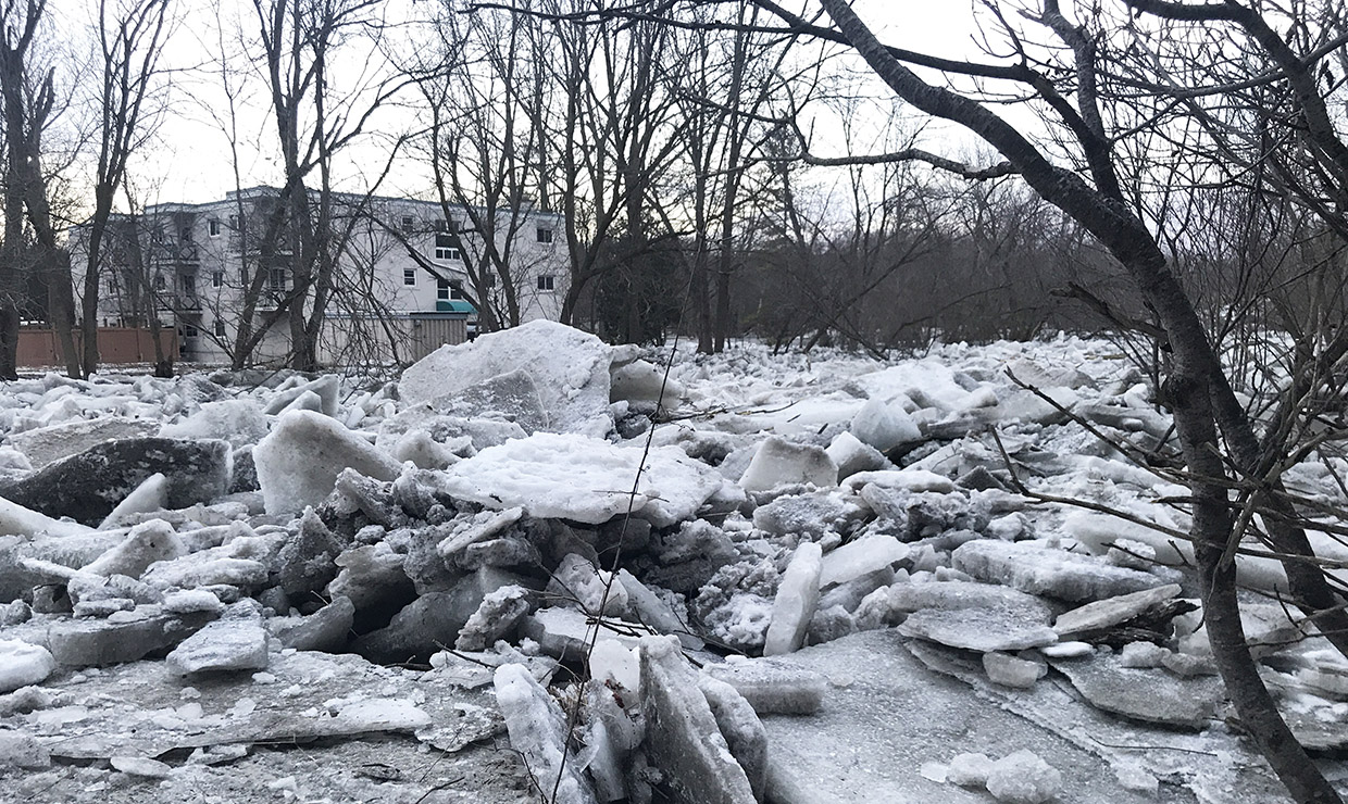 photo of ice jam in Bolton from March 2019