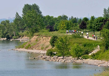 Lake Ontario waterfront trail