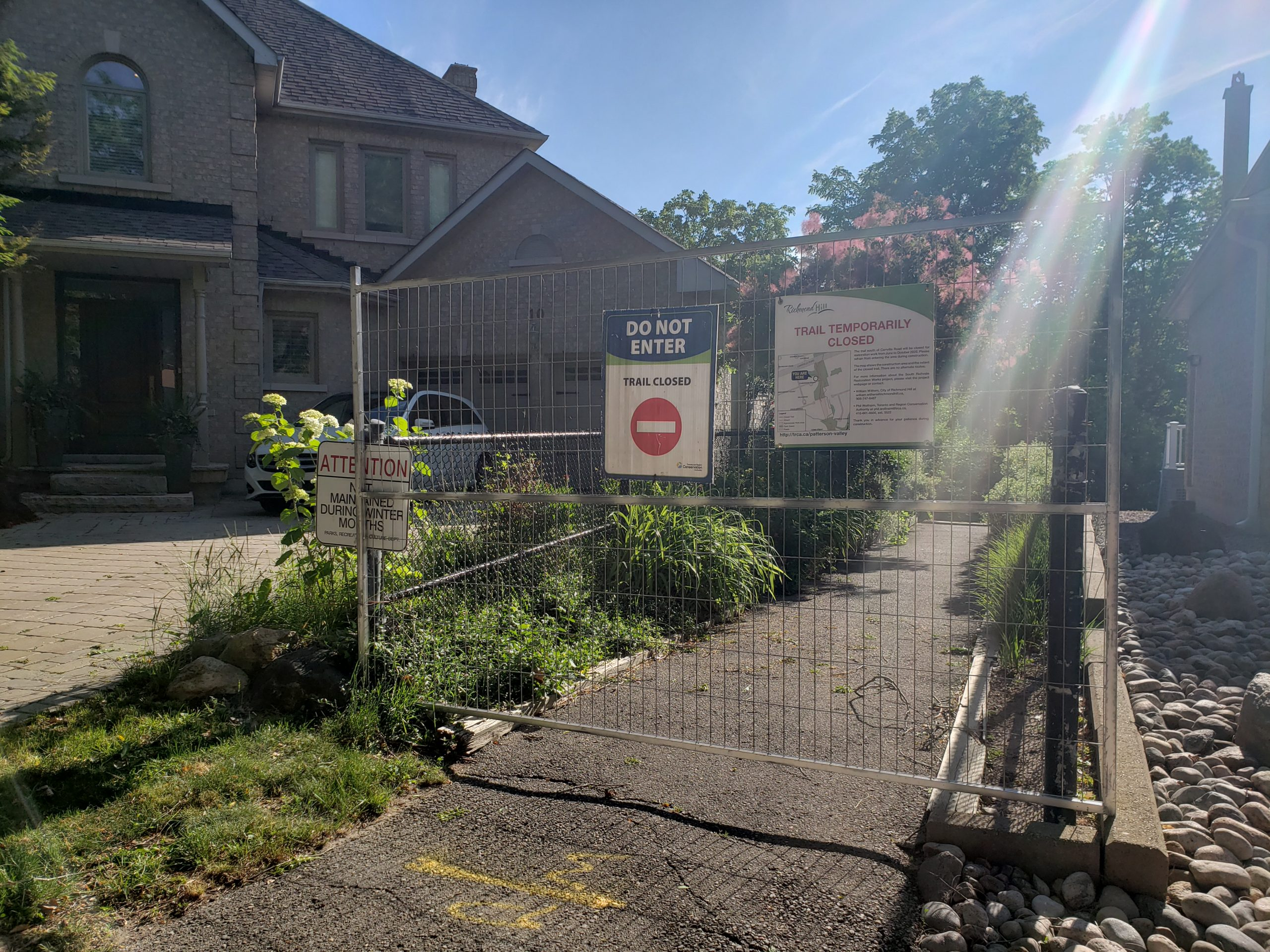 closed access of camgreen court