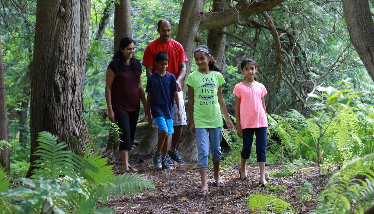 parents with young children explore trail as part of TRCA Outdoor Family Experience