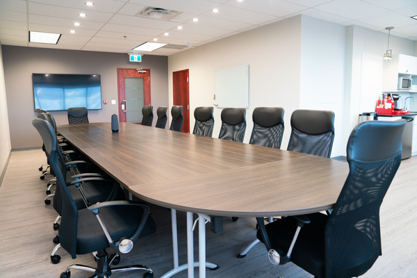 Luxurious Meeting Room